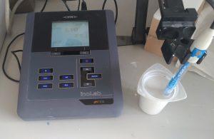 Mesure du pH de la barbotine en moulage cire perdue