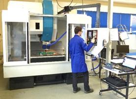 Machine à commande numérique traditionnelle pour le FSW