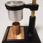 Mesure de coulabilité statique avec un cône de Hall.